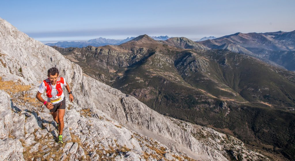 etapa-1_riano-trail-run_roberto-heras_diego-winiztky
