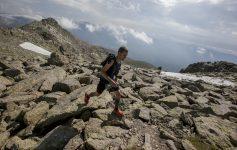 DVd 902 30.6.18 Gran Trail Peñalara. Salida desde el pueblo de Navacerrada, recorrido de 110 km. Sube la cumbre de Peñalara. foto: Santi Burgos